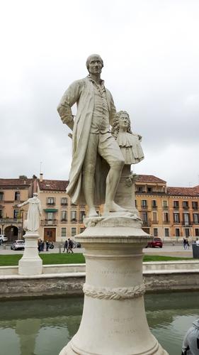 Pietro%20Danieletti%27s%20monument%20%282016%29%2C%20Padua%20%281%29.jpg