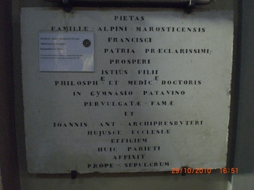 Prospero%20Alpin%27s%20bas-rilief%20and%20memorial%20tablet%20-%2007.JPG