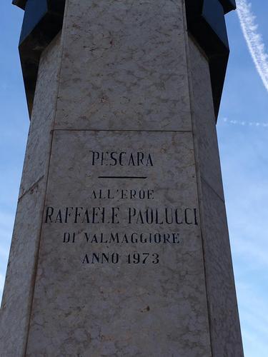 Raffaele%20Paolucci%27s%20Bust%20Pescara%285%29.JPG