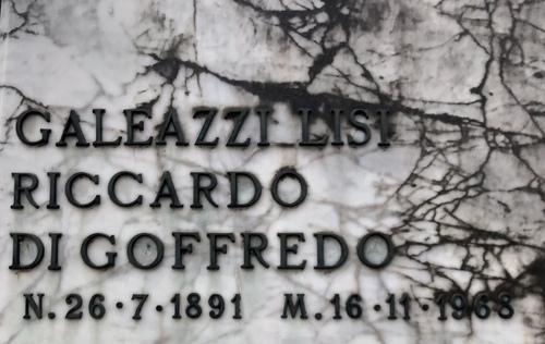 Riccardo%20Galeazzi%20Lisi%27s%20tomb%2C%20Rome%20%285%29.jpg