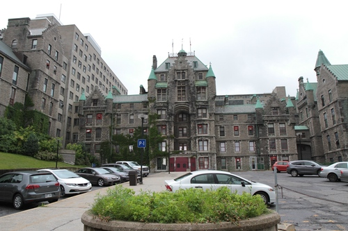 Royal%20Victoria%20Hospital%2C%20Montreal%20-%2001.JPG