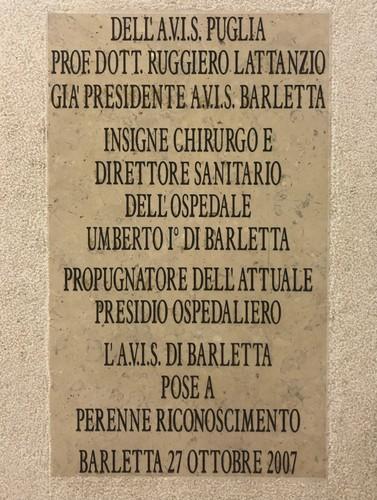 Ruggiero%20Lattanzio%27s%20bust%2C%20Barletta%20%28by%20Nicole%20Ventrella%29%20%284%29.jpeg
