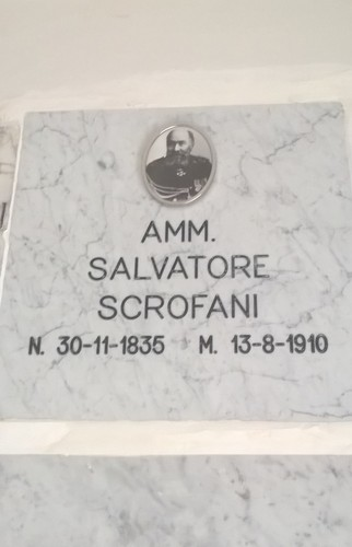 Salvatore%20Scrofani%27s%20tomb%2C%20Ragusa%20-%2003.jpg