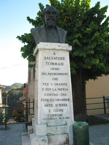 Salvatore%20Tommasi%27s%20bust%20%282%29.JPG