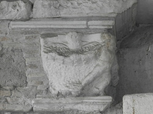 San%20Bartolomeo%20all%27isola_Basilica_11.JPG