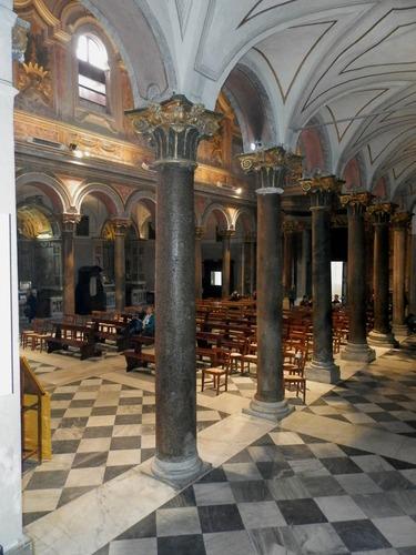 San%20Bartolomeo%20all%27isola_Basilica_15.JPG
