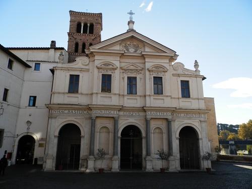 San%20Bartolomeo%20all%27isola_Basilica_3.JPG