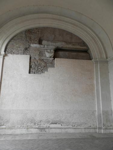 San%20Bartolomeo%20all%27isola_Basilica_9.JPG