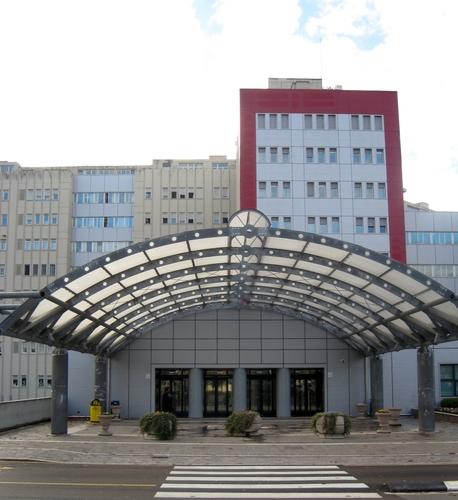 S.%20Maria%20della%20Misericordia%27s%20Hospital%20in%20Sant%27Andrea%20delle%20Fratte_entrance.jpg