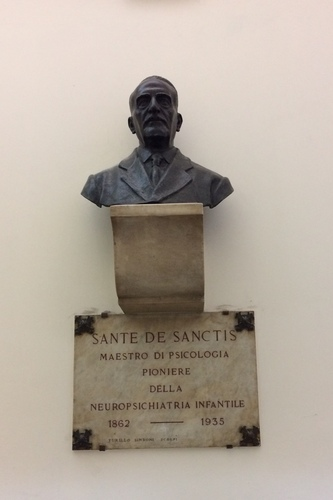 Sante%20de%20Sanctis%27%20bust%2C%20Rome%20%28by%20Francesco%20Saverio%20Bersani%29.JPG