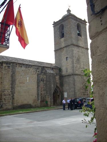Santiago%20Ramon%20y%20Cajal%27s%20baptismal%20font%2C%20Church%2C%20Petilla%20de%20Aragon%20-%201.JPG