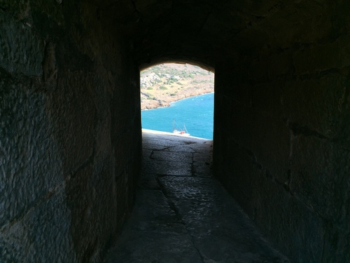 Spinalonga%20leper%20colony%2C%20Crete%20%28by%20Melania%20Stubos%29%20-%2011.JPG