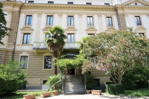 Splendid_Park_Hotel_Stabilimento_Idroterapico_Varallo_Sesia_3.jpg