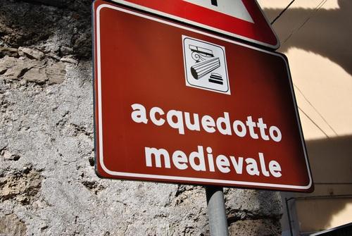 medieval%20aqueduct%20%281%29.jpg