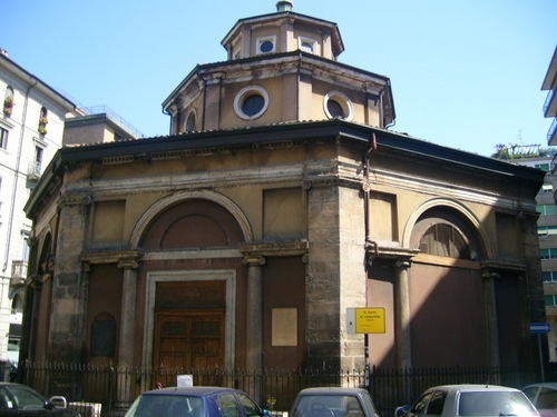 Lazzaretto%27s%20church%2C%20Milan%20-%201.JPG