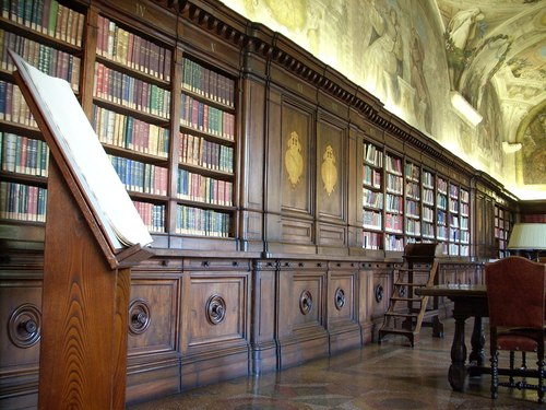 Biblioteca%20Umberto%20I%2C%20Istituto%20Ortopedico%20Rizzoli%2C%20Bologna%20-%202.JPG