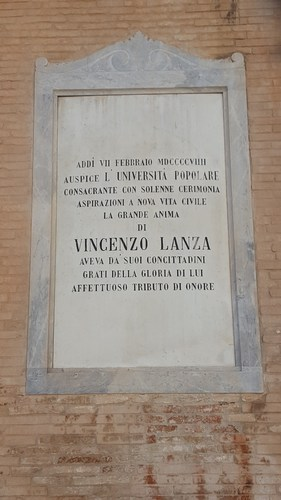 Vincenzo%20Lanza%27s%20memorial%20tablet%2C%20Foggia%20%283%29.jpg