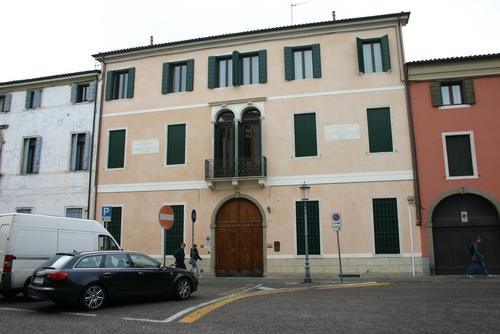 Vincenzo%20Pinali%27s%20home%2C%20Padua%2C%20Italy%20-%2001.JPG