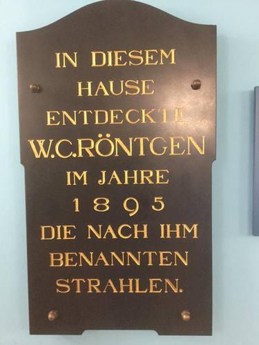 Wilhelm%20Conrad%20Roentgen%27s%20plate%2C%20Wurzburg%20%28by%20Adrian%20Thomas%29%20%281%29.jpg